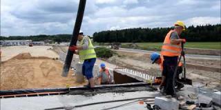 Embedded thumbnail for 11.07.2019 - WS 2 - betonowanie wnęk dylatacyjnych jezdnia prawa, Góraszka
