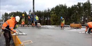 Embedded thumbnail for 10.10.2019 - WD-5 - betonowanie kap chodnikowych w km 18+306, Ostrowik