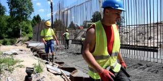 Embedded thumbnail for 05.06.2019 - MS-2 - betonowanie fundamentu w km 6+984