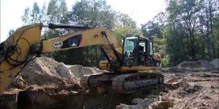 Embedded thumbnail for 20.09.2018 - MS-3 - wbijanie ścianek szczelnych oraz wymiana gruntu w km 11+012